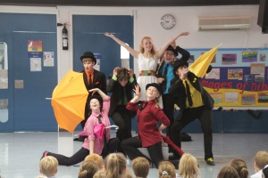 Bedales students perform at Dubai school as part of drama exchange